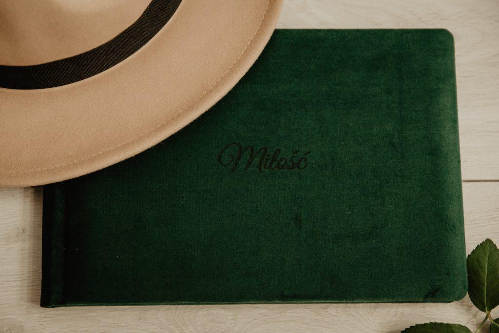 Albumy   Pokazuje Wam jak pakuje wspomnienia z Waszego Ślubu   Ślubne Szepty 9