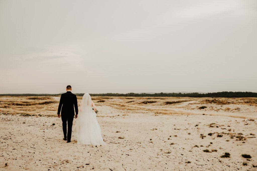 Sesja na Pustyni Błędowskiej | Plener ślubny | J & A 11