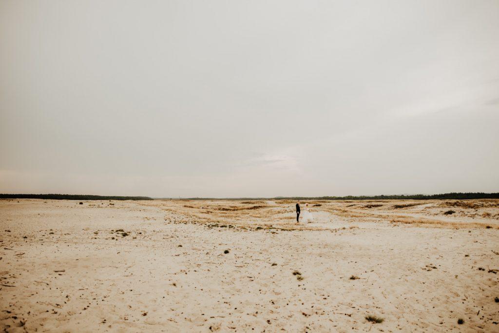 Sesja na Pustyni Błędowskiej | Plener ślubny | J & A 14