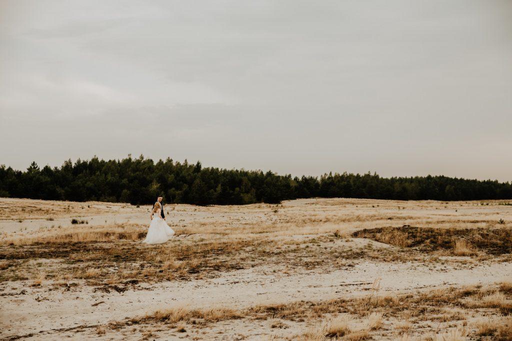 Sesja na Pustyni Błędowskiej | Plener ślubny | J & A 27