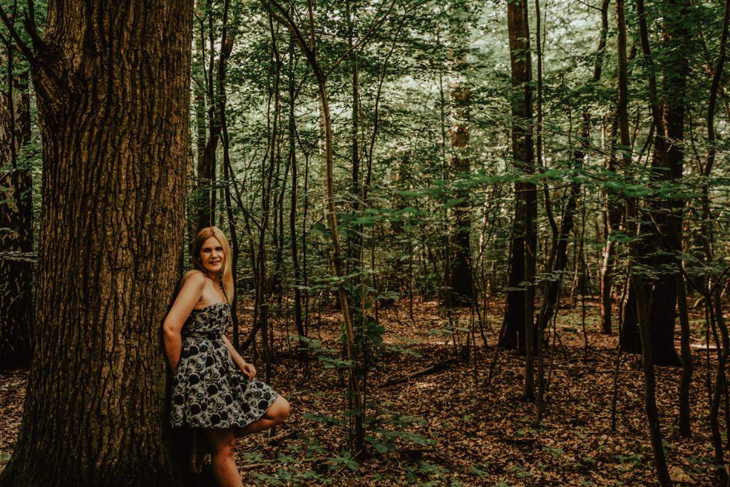 Zakochać się w lesie   Sesja narzeczeńska w lesie   Las w Warszawie 17