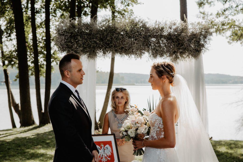 Między Deskami | Marta i Tomasz | Olsztyn | Slow wedding 98