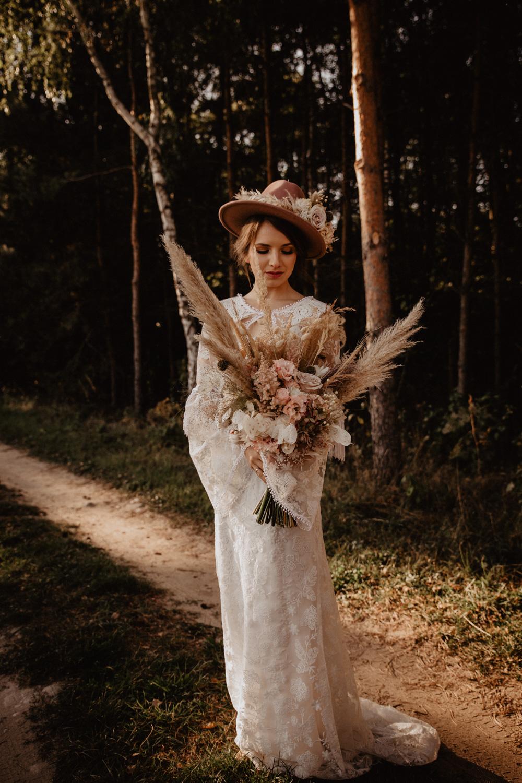 Ślub Boho | Sesja ślubna | Dom w Przepitkach 17